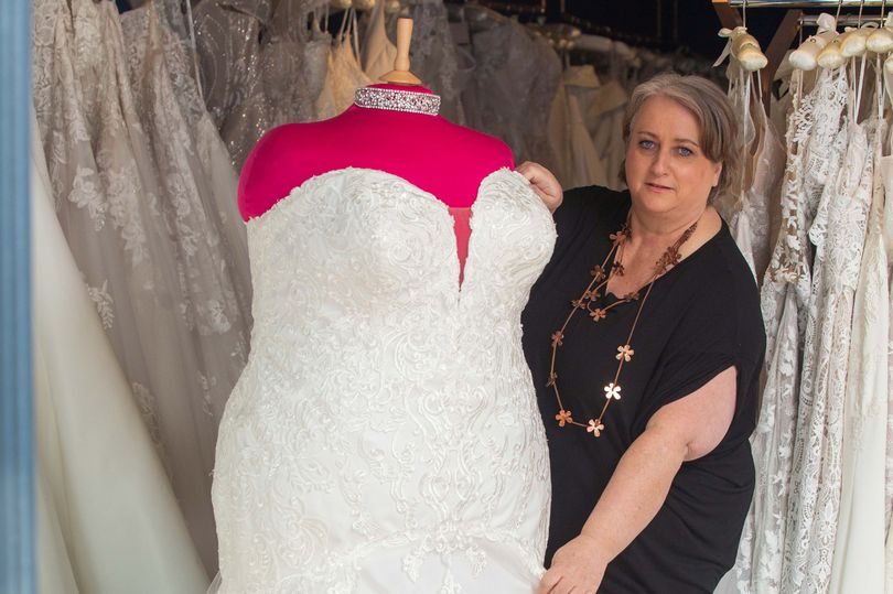 Bridal shop owner says passers-by 'fat shame' plus-sized mannequin on display